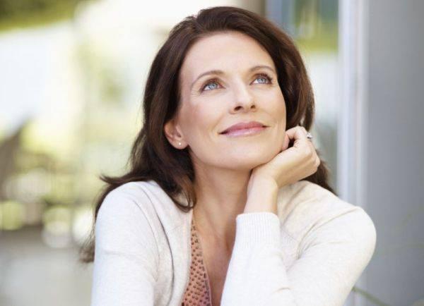 La Menopausa, rappresenta uno dei momenti epocali del cambiamento ormonale in una Donna, ma allora perchè al giorno d'oggi, se è un passaggio fisiologico, la Donna deve subire tutti i disturbi che la caratterizzano?
